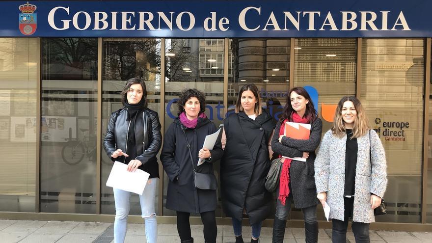 STEC, SUC, CGT y CNT convocan huelga general para el 8 de marzo