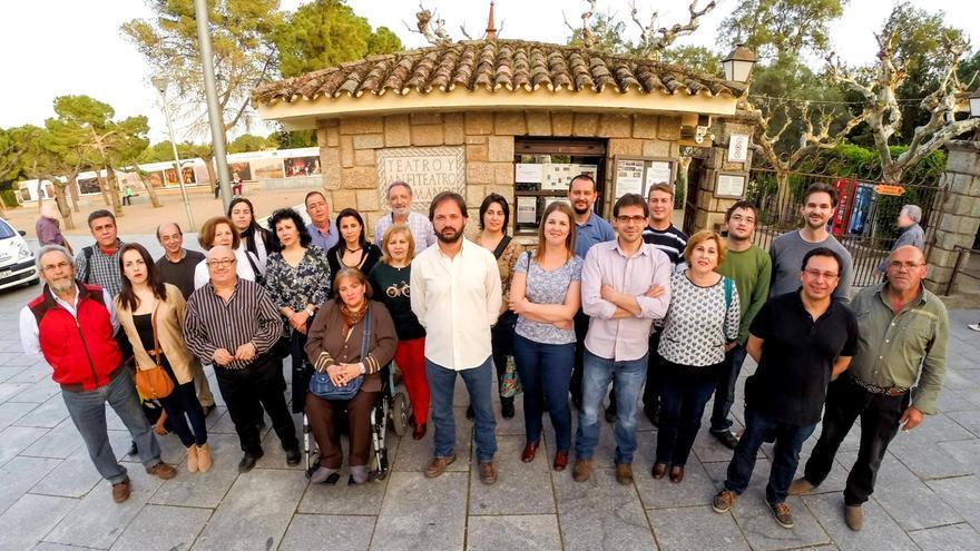 Presentación de la candidatura de IU Mérida a las municipales a las puertas del Anfiteatro romano / IU