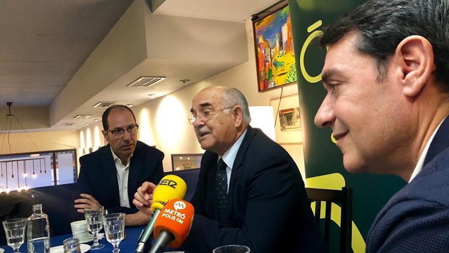 Alberto Garre durante el desayuno informativo