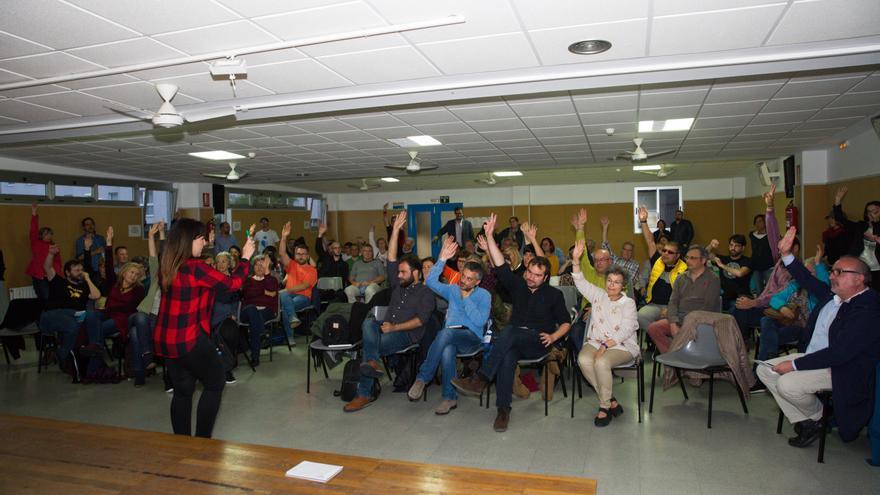 Votación de Marea Atlántica sobre la investidura de la candidata del PSOE