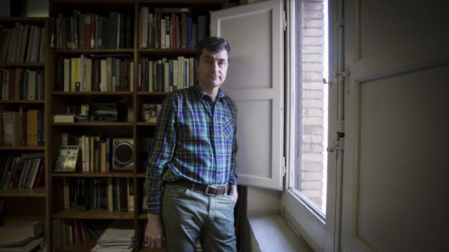 Vicente Pinilla, en su despacho en la Universidad de Zaragoza.