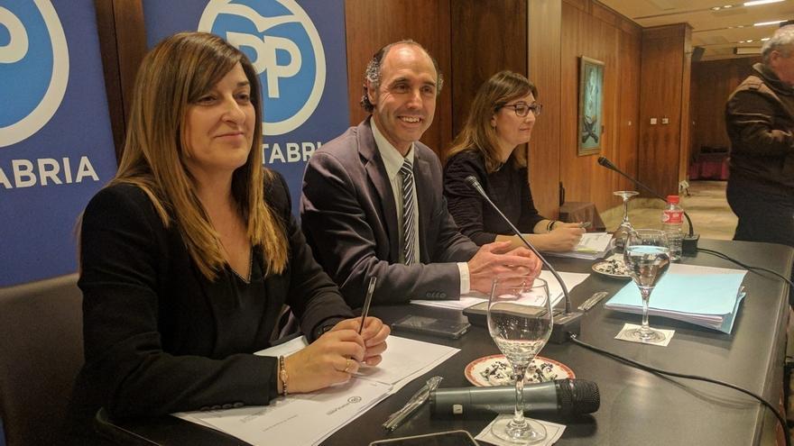 Diego ganó a Buruaga por 136 votos en las primarias del PP cántabro