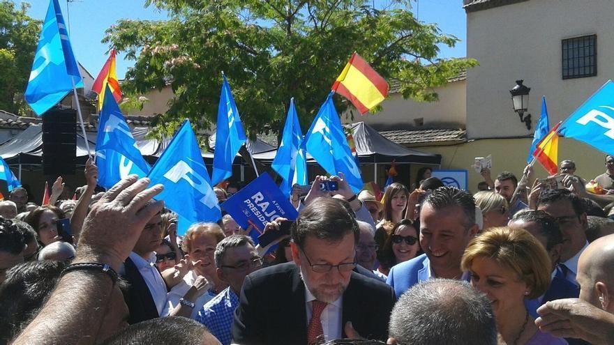 """Rajoy pide el voto para frenar a Podemos: """"La unión hace la fuerza y los moderados tenemos que ir juntos"""""""