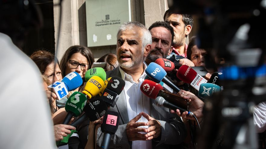 """Cs pregunta a Mossos si detendrá al agresor de una periodista o si """"tiene órdenes de no hacerlo"""""""