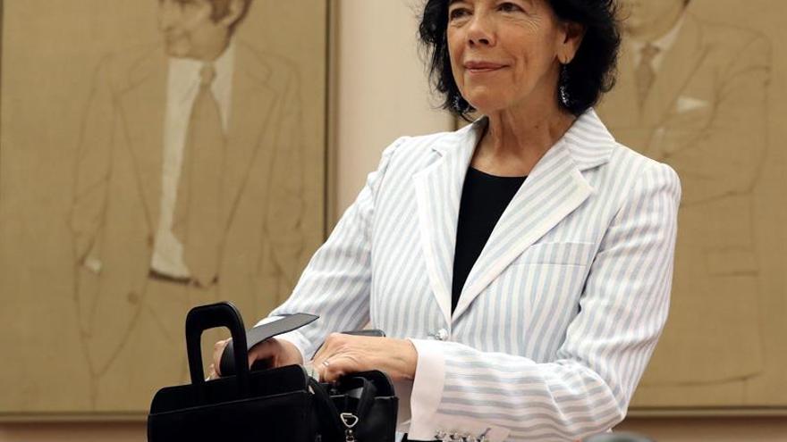 Isabel Celaá, en su primera comparecencia en la Comisión de Educación