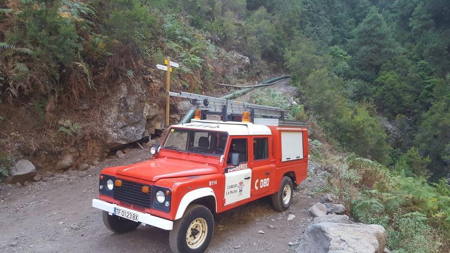 Vehículo de los bomberos que participó en el rescate. Foto: BOMBEROS LA PALMA.