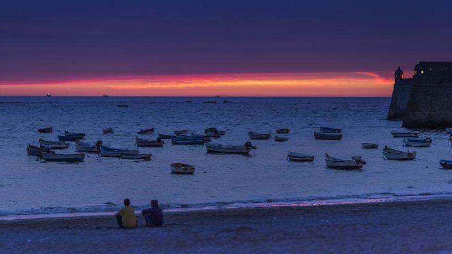 Puestas de sol con banda sonora, una novedosa iniciativa para las playas de Cádiz