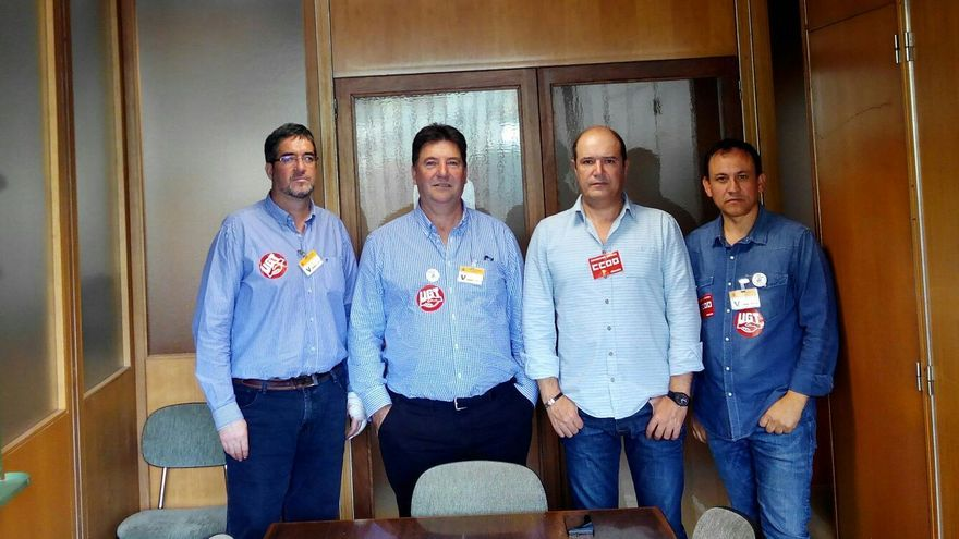Sindicalistas de CCOO y UGT de Elcogas en el Ministerio de Industria