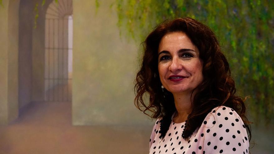 """Montero espera presentar """"en los primeros meses de 2018"""" el instituto de crédito, que funcionará como """"un ICO andaluz"""""""