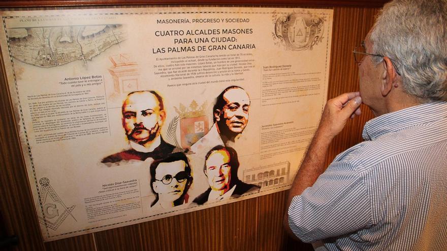 Exposición sobre la historia de la masonería en La Palma en la Sociedad La Investigadora de Santa Cruz de La Palma. Foto: JOSÉ AYUT.