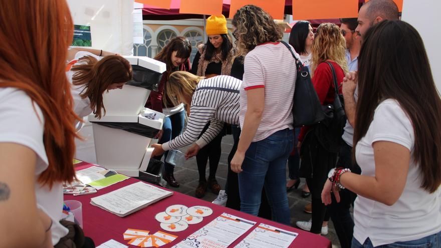 Un momento de la feria celebrada en La Orotava sobre empleo con perspectiva de género