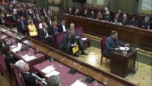 Los acusados se despiden poniendo deberes a los jueces