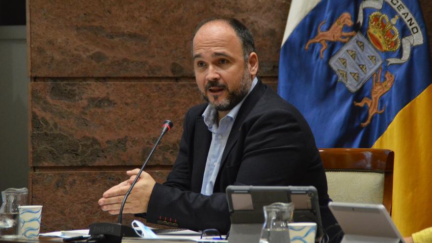 José Antonio Valbuena.