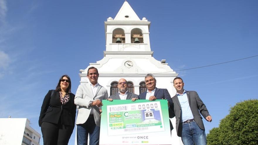 Presentación del cupón de la ONCE dedicado al reloj de la iglesia de Puerto del Rosario