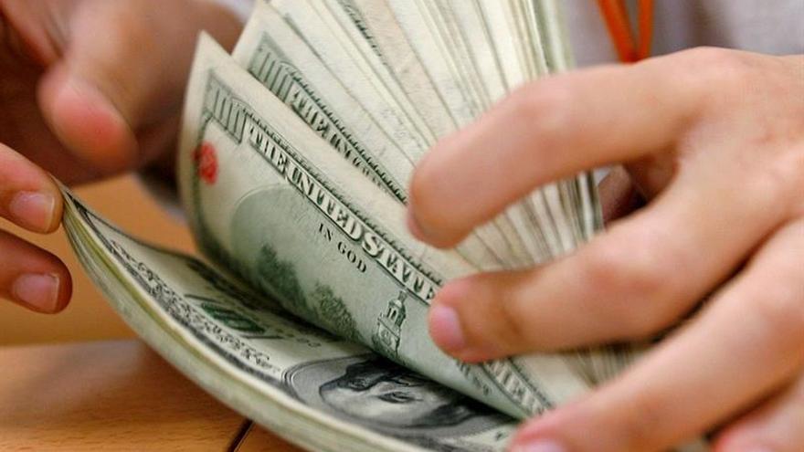 El déficit presupuestario de EE.UU. fue de 44.000 millones de dólares en octubre