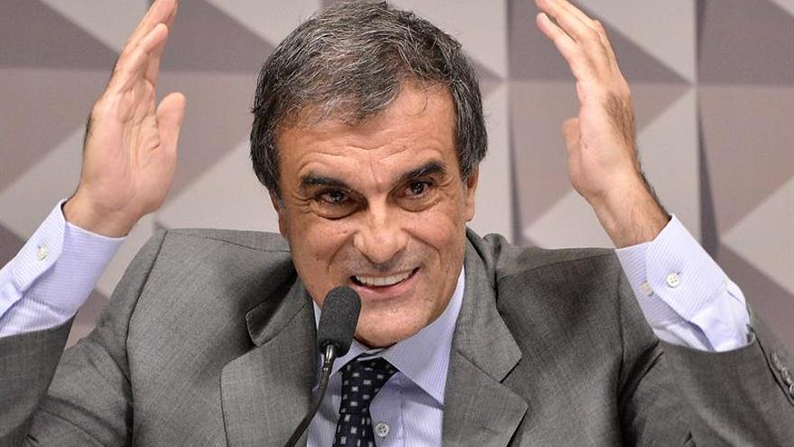 La defensa de Rousseff quema las naves en un Senado proclive al juicio político