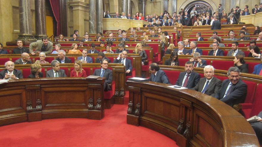 """Junts pel Sí pide """"responsabilidad"""" a la CUP para investir a Mas este martes"""