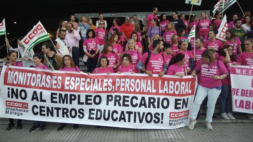 Protesta en Málaga contra la pecariedad laboral en los centros educativos