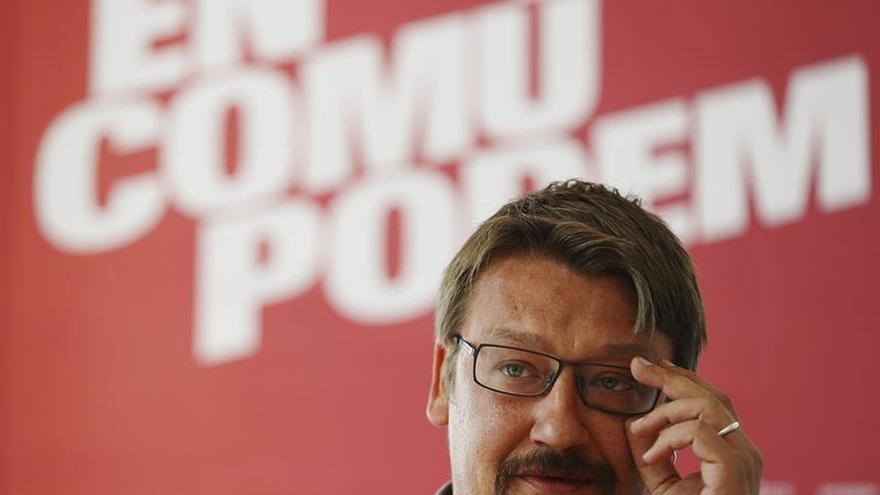 Domènech resta credibilidad al anuncio de Rivera de que no apoyará al PP