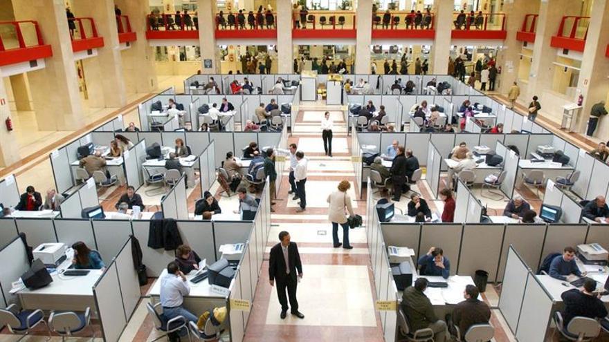 Hacienda licita un contrato de aplicaciones informáticas por 75,6 millones
