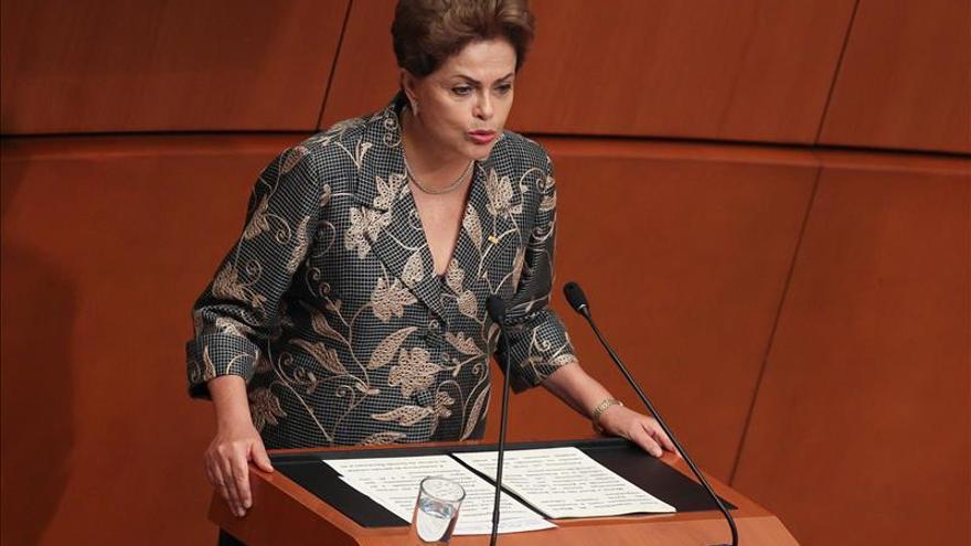 El Gobierno confía en superar el juicio político a Rousseff y salir más fuerte