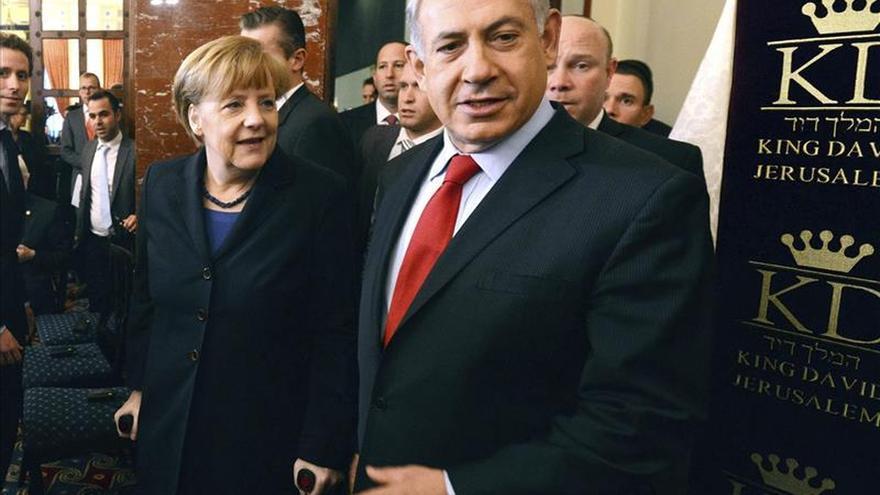 Merkel y Netanyahu hablan por teléfono sobre el acuerdo nuclear con Irán
