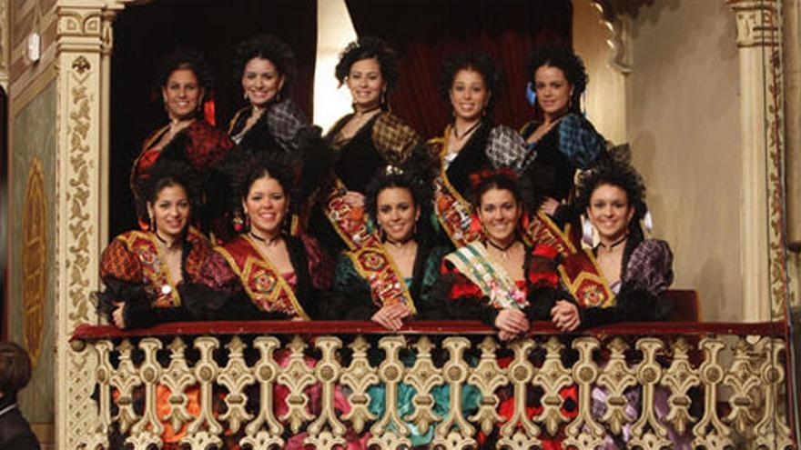 Imagen de las ninfas en el palco del Teatro Falla.