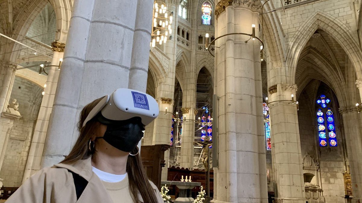 La experiencia de realidad virtual se desarrolla en el crucero de la Catedral de Santa María