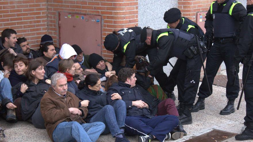 La sentada pacífica en la que participó Patricia en 2011 / FOTOGRACCIÓN
