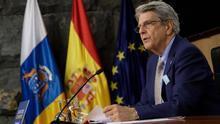El portavoz del Ejecutivo canario, Julio Pérez, en una rueda prensa