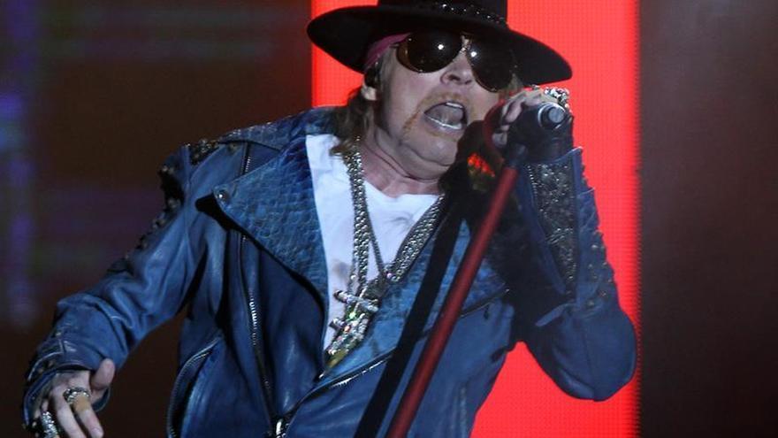 AC/DC ficha a Axl Rose, líder de Gun N'Roses, para la gira europea