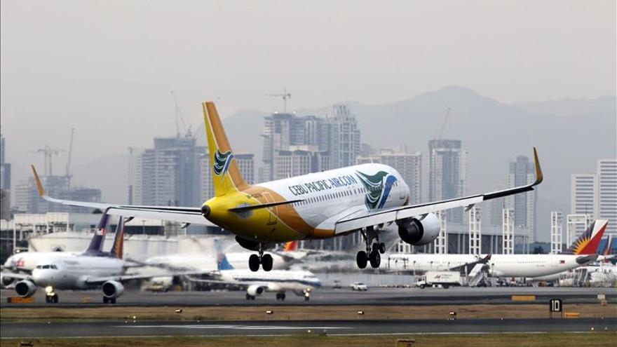 La cumbre de la APEC provoca que las aerolíneas pierdan 2.000 millones de dólares