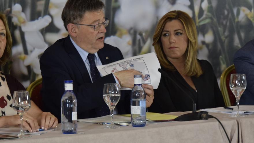 Ximo Puig y Susana Díaz  en el Foro por el Corredor Mediterráneo celebrado en Almería.