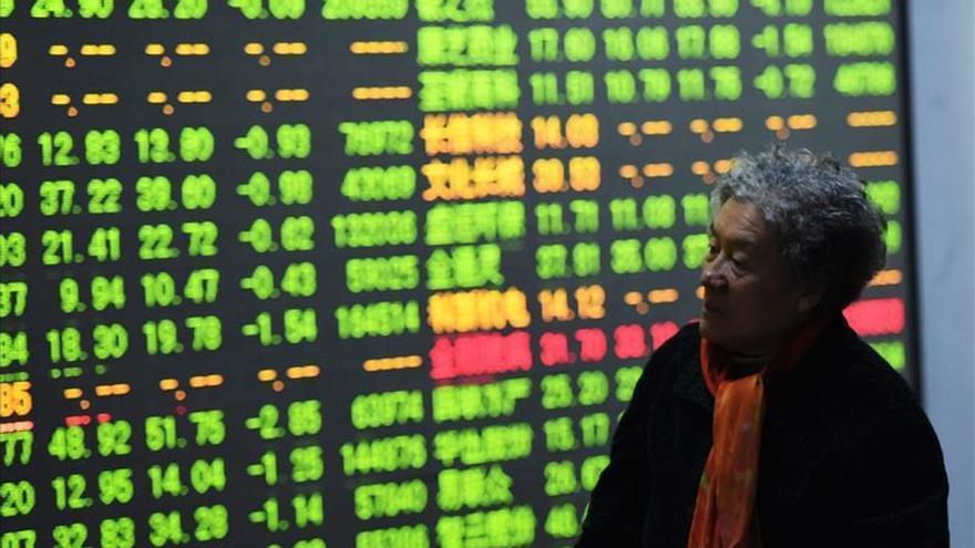 China suspende el mecanismo de parada automática de las bolsas
