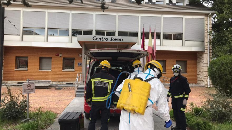 Tareas de desinfección en el Centro Joven de Cuenca