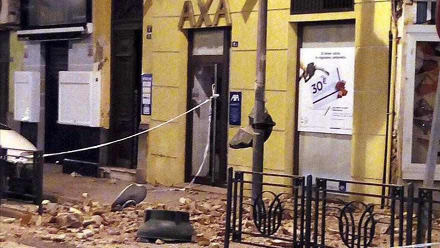 Uno de los inmueles afectados por el terremoto de Melilla / EFE