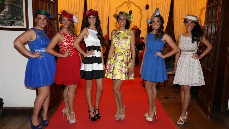 En la imagen, las seis aspirantes que se presentaron a candidada del CD Mensajero a reina de La Bajada 2015. Foto: NOVAFOTO.