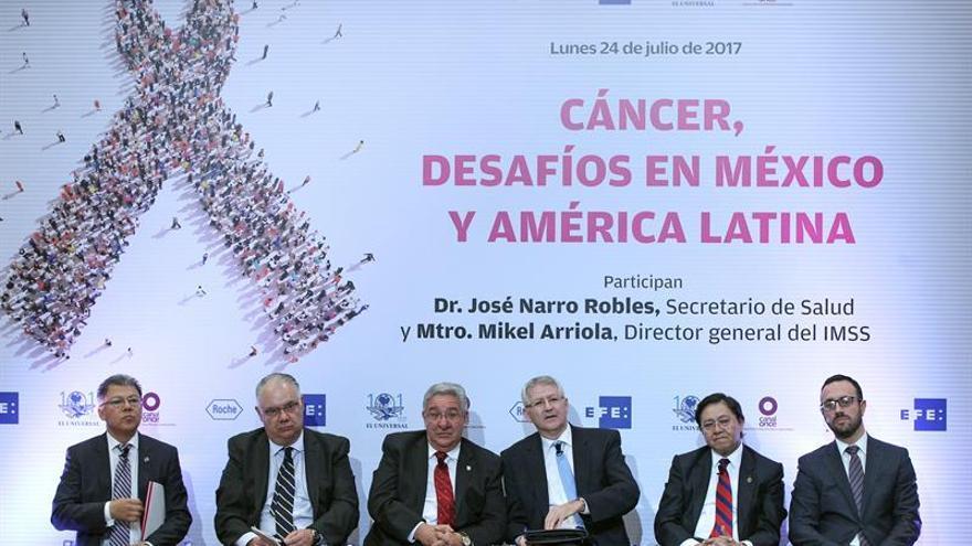 Más oncólogos y concienciar al ciudadano, claves para atajar cáncer en México