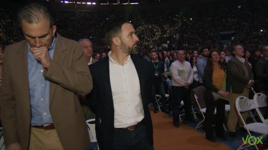 Imagen de un vídeo de Vox con Ortega Smith junto a Santiago Abascal en el mitin de Vistalegre.