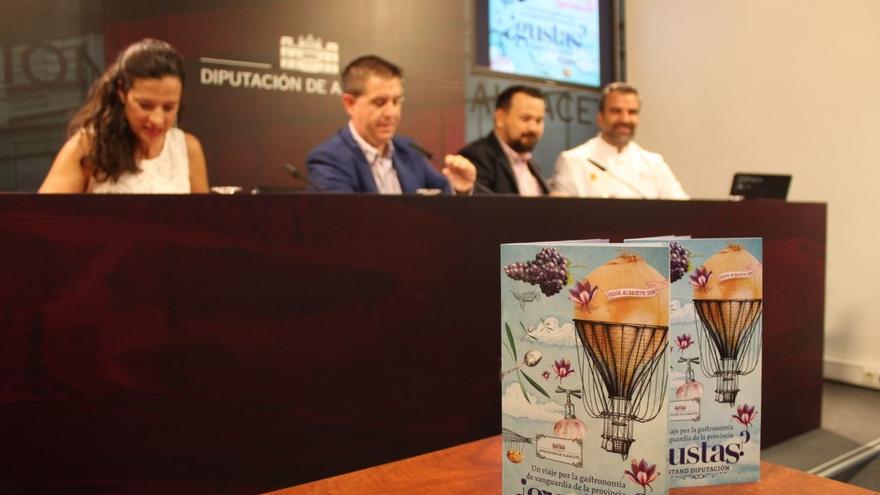 Presentación del programa del stand de la Diputación de Albacete.