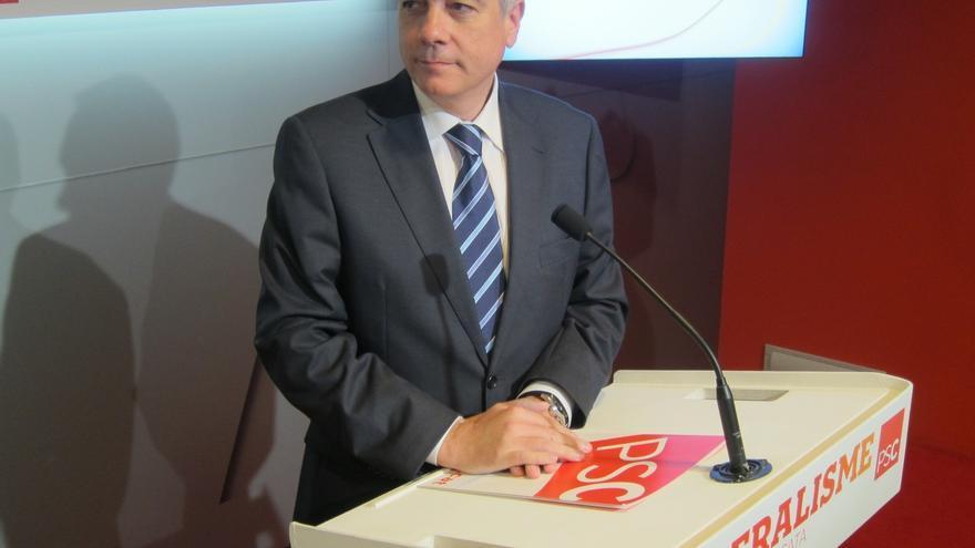 """Pere Navarro no aprecia """"discrepancias políticas de fondo"""" con los cinco diputados díscolos del PSC"""