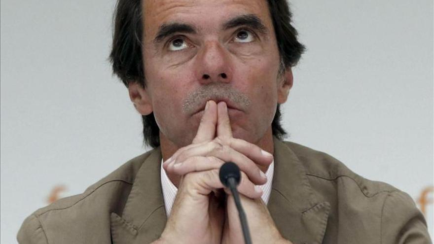 Chirac y Zapatero son los enemigos favoritos de Aznar.