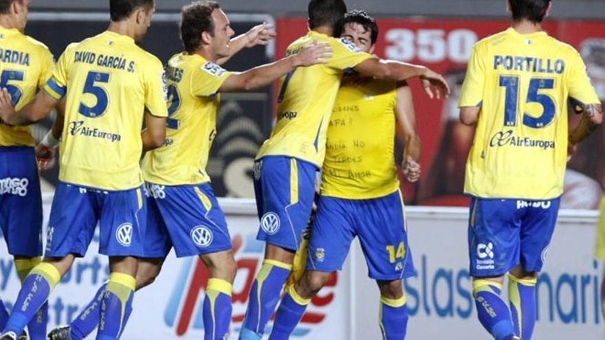 Los jugadores celebran uno de los goles en el partido de ida ante el Villarreal B (ACFI PRESS).