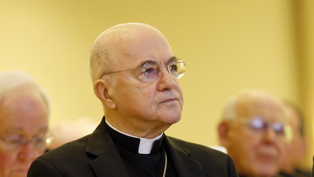 Verschwörungen des Vatikans und Trumpisten prangern ein Bündnis zwischen Papst und Biden an, um die Macht in den USA zu übernehmen