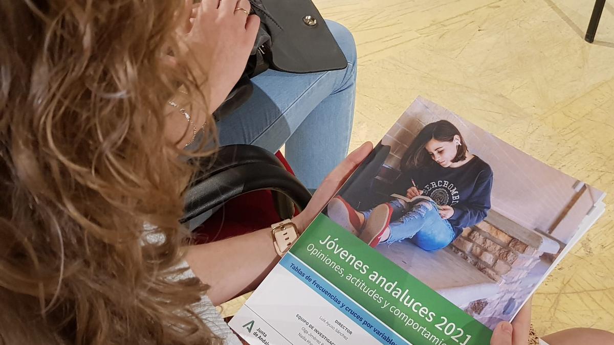 Encuentro a raíz del estudio sobre la juventud andaluza del CENTRA