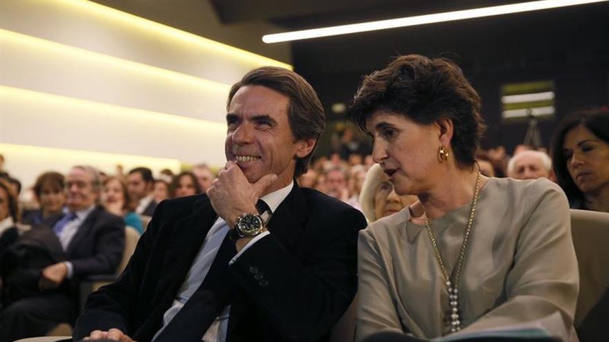 """Aznar llama a evitar la """"ficción infame"""" de mezclar víctimas y terroristas"""