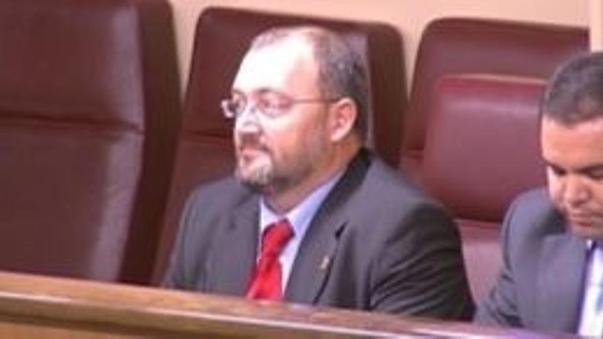 Juan Bernardo Fuentes Curbelo, en su etapa como diputado en el Congreso