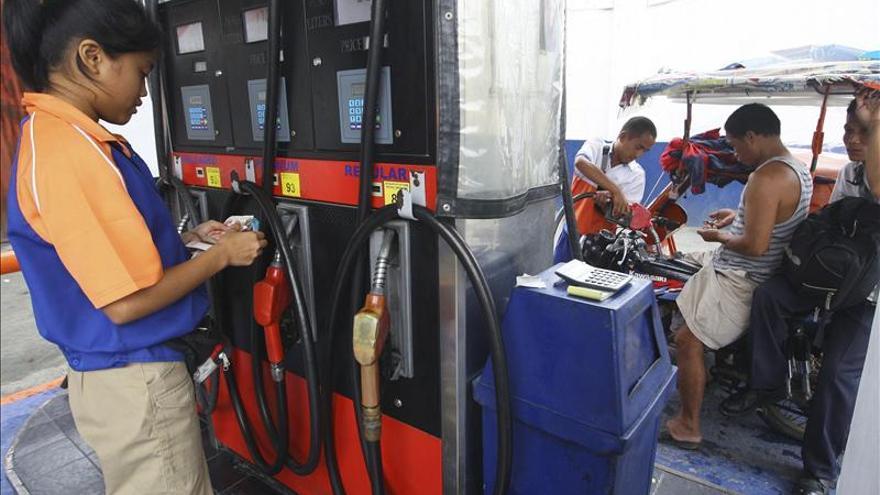El barril OPEP se aprecia un 1 por ciento, hasta los 102,61 dólares