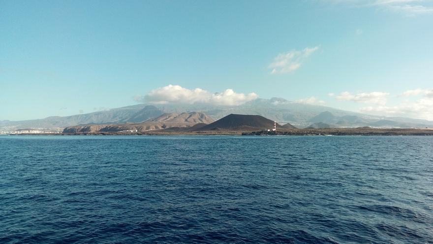 La isla de Tenerife, vista desde el océano