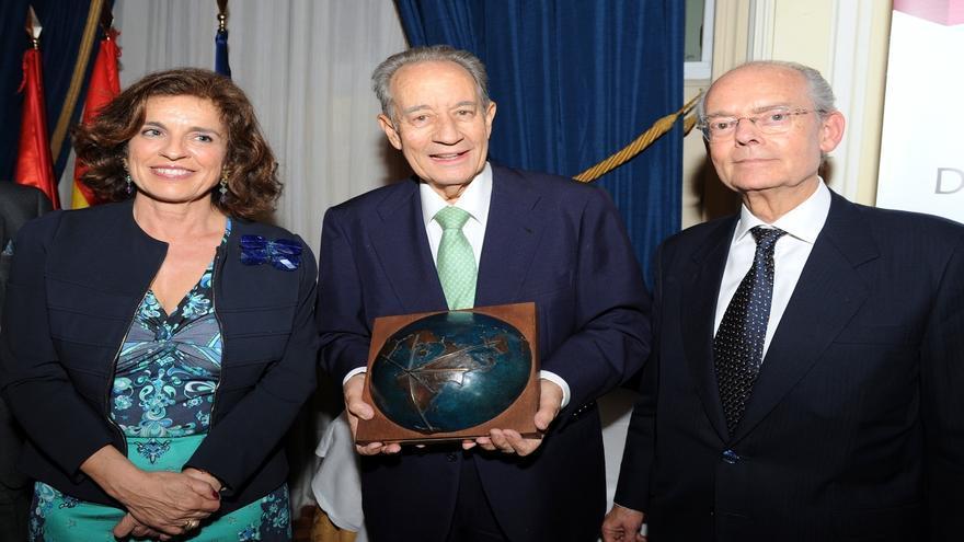 Juan Miguel Villar Mir, nombrado 'Español Universal 2012' por la Fundación Independiente